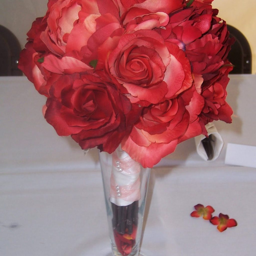 Wedding Crafts: An Inexpensive Reception