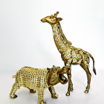 Gold-Plastic-Animals_thumb1