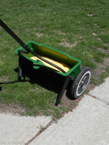 Fertilizing with Drop Spreader