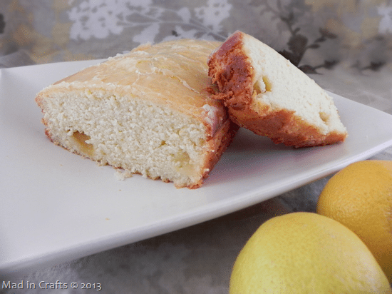Lemon-Pound-Cake-with-Fresh-Lemons_t