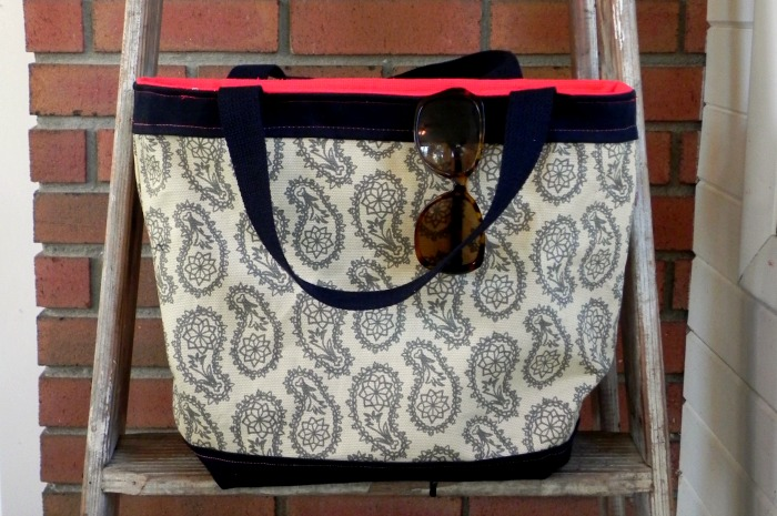 Sew Your Own amykathryn Tote Bag