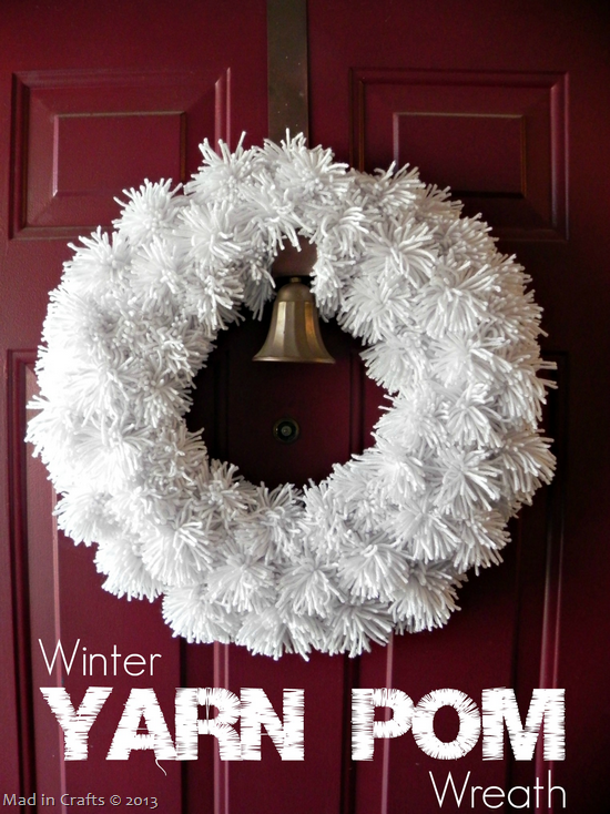 Winter-White-Yarn-Pom-Wreath_thumb1