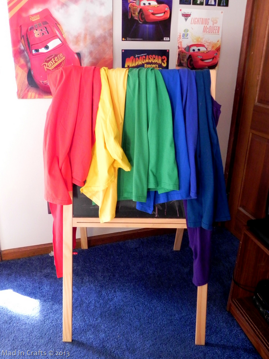 hanging-tshirt-capes_thumb1