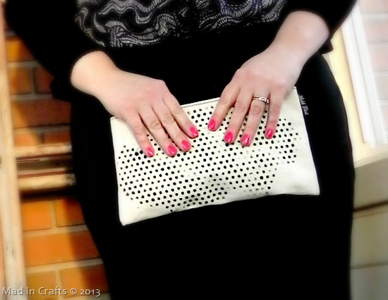DIY-Glitter-Clutch_thumb2