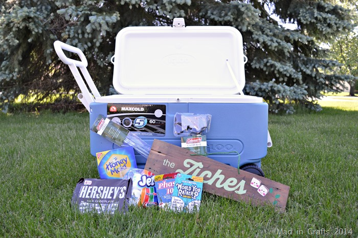 CAMPING THEMED WEDDING SHOWER GIFT