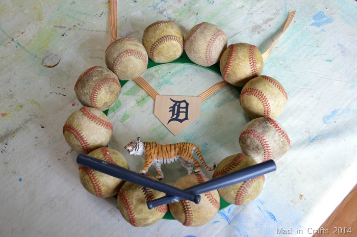 Balsa Wood Detroit Tiger Base