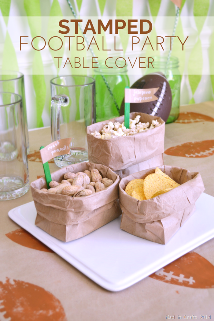 STAMPED FOOTBALL PARTY TABLE COVER