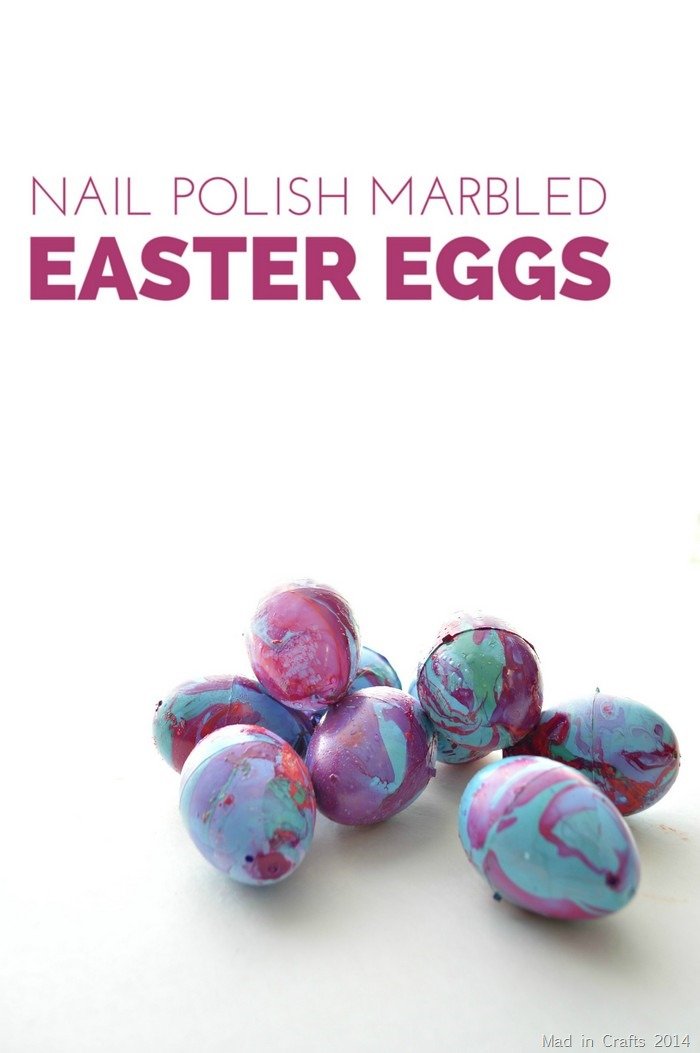 Marbling Plastic Eggs with Nail Polish