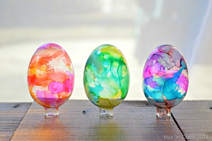 How to Make Stained Glass Easter Eggs