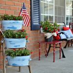 Chalky-Finish-Planters-and-Porch-Decor_thumb.jpg