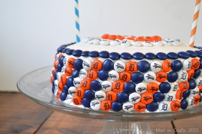 DETROIT TIGERS M&M CAKE