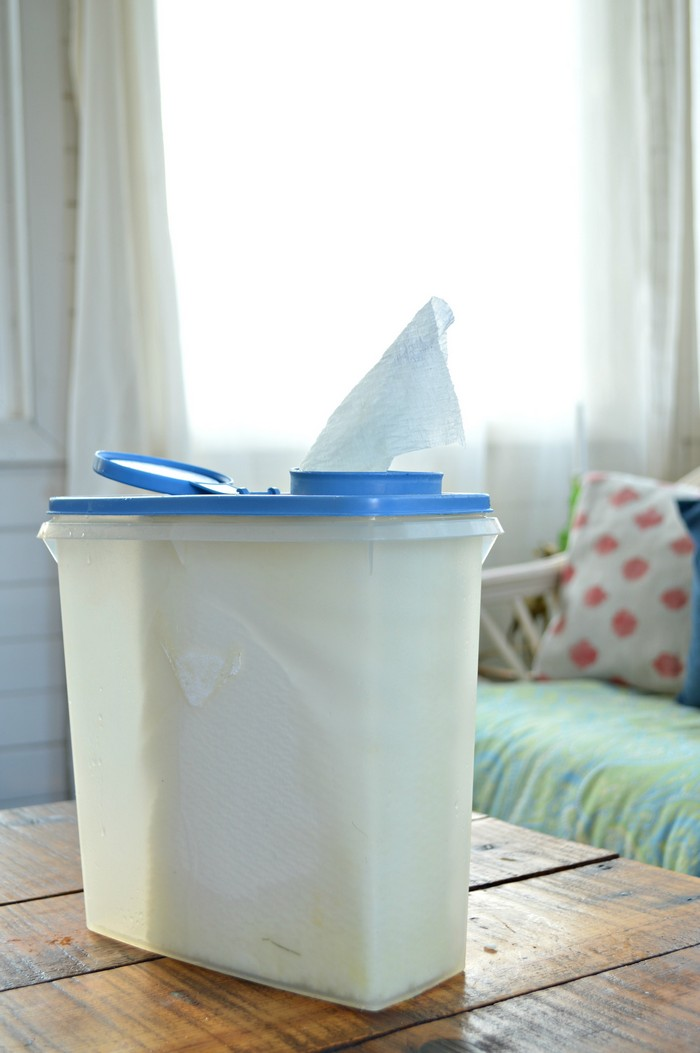 Homemade Orange Vinegar Cleaning Wipes