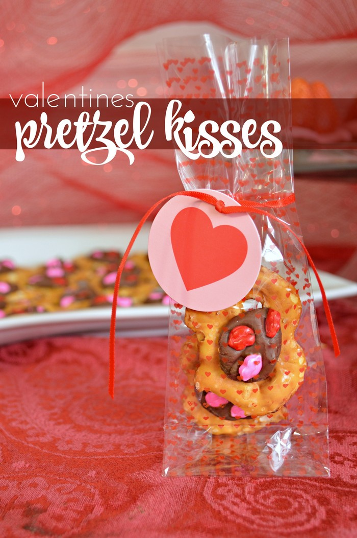 Valentines Pretzel Kisses