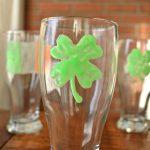 ST PATTY'S DAY PUB GLASS CLINGS