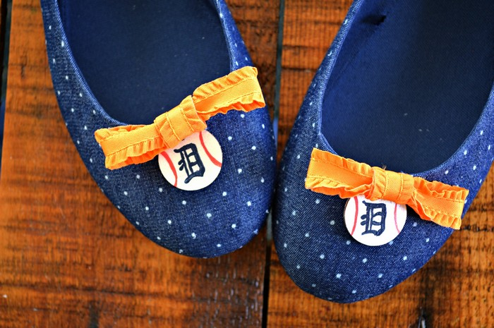 DIY EMBELLISHED BASEBALL FLATS