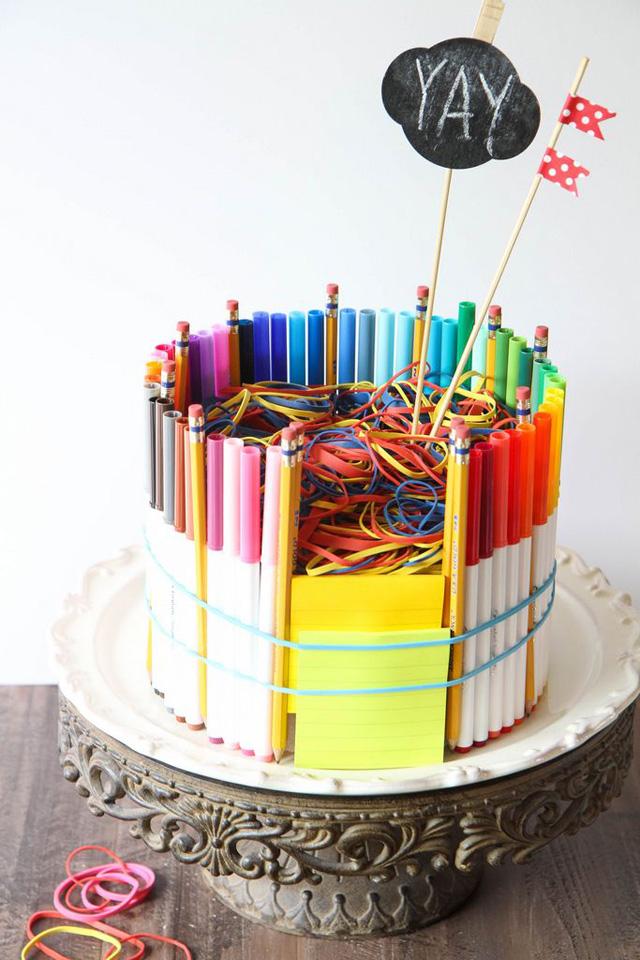 School-Supplies-Cake-9