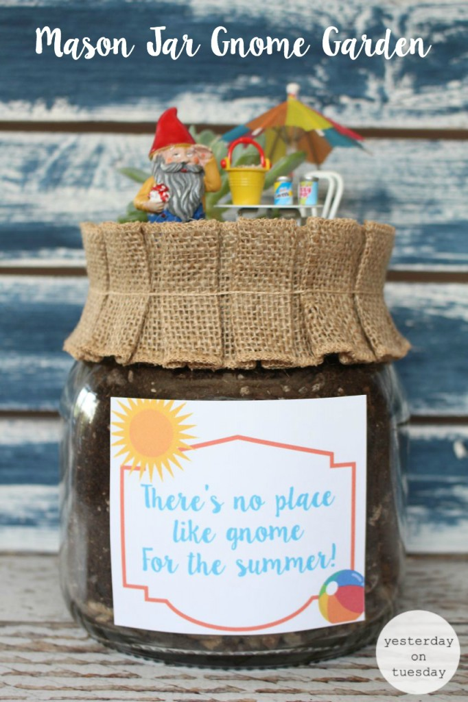 Gnome-Garden-in-a-Mason-Jar-682x1024