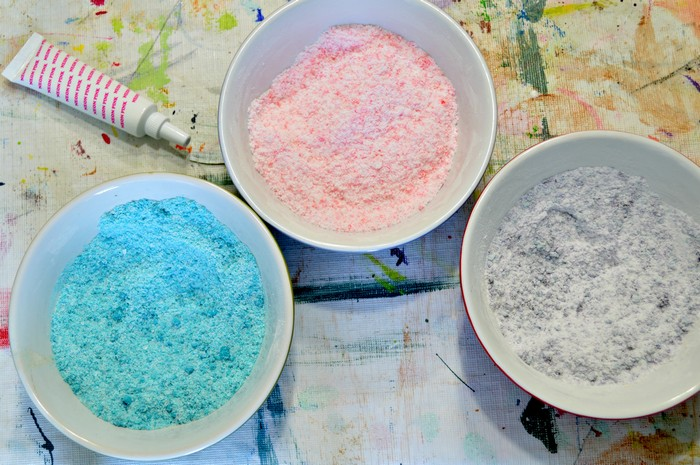 color the powder mix