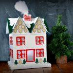 DIY CHRISTMAS COTTAGE DECORATION
