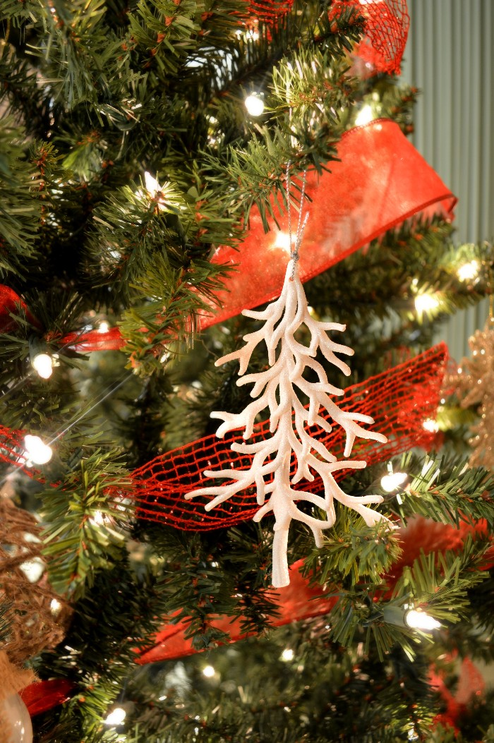 dollar-store-tree-ornament