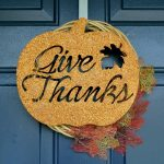 GLITTERED THANKSGIVING SIGN