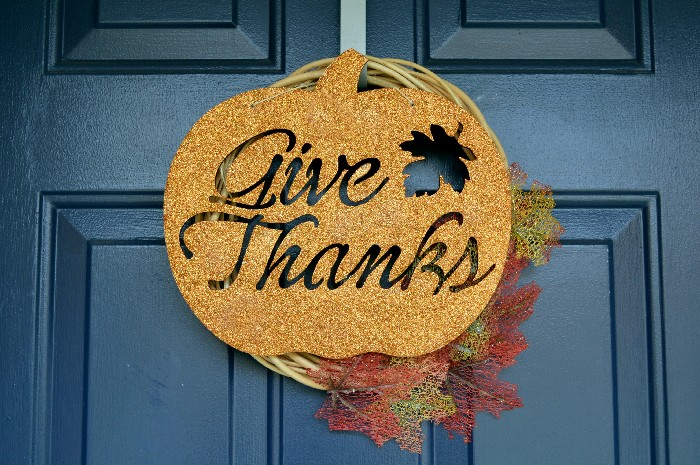 glittered-give-thanks-sign