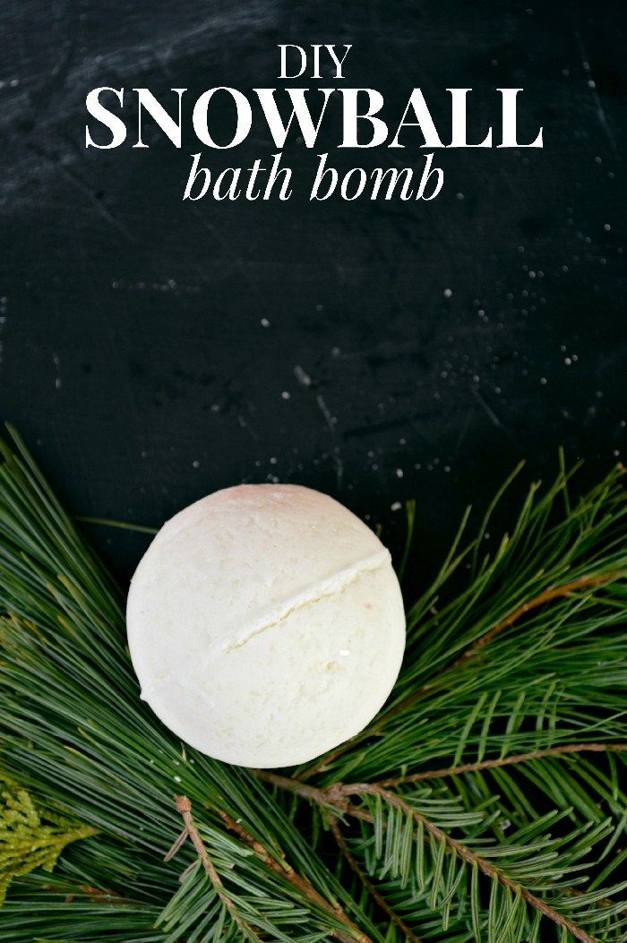 how-to-make-a-snowball-bath-bomb