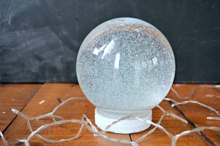 SNOW GLOBE CALMING JAR