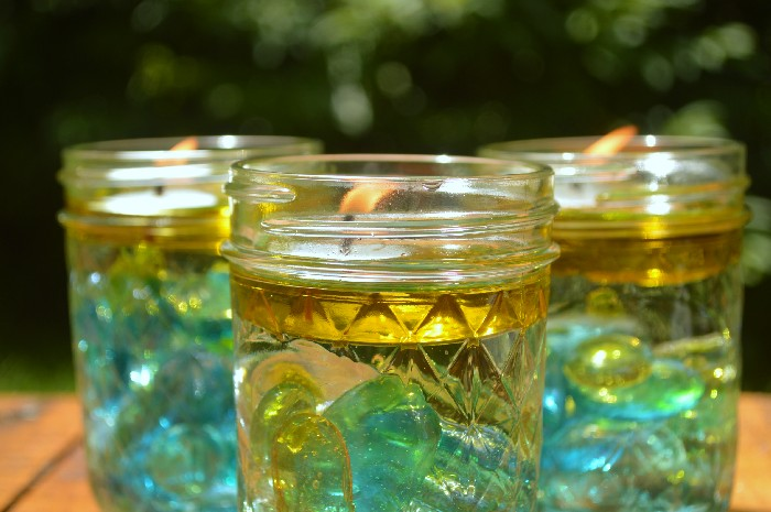 CITRONELLA OIL CANDLES IN MASON JARS