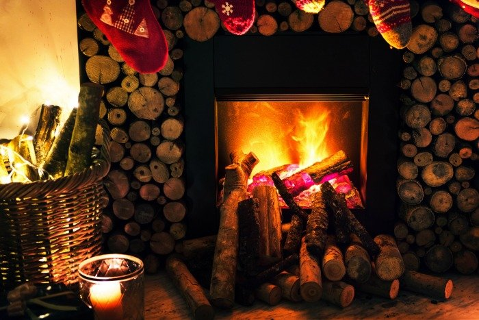 WHERE TO FIND FIREPLACE AND AMBIENT CHRISTMAS VIDEOS