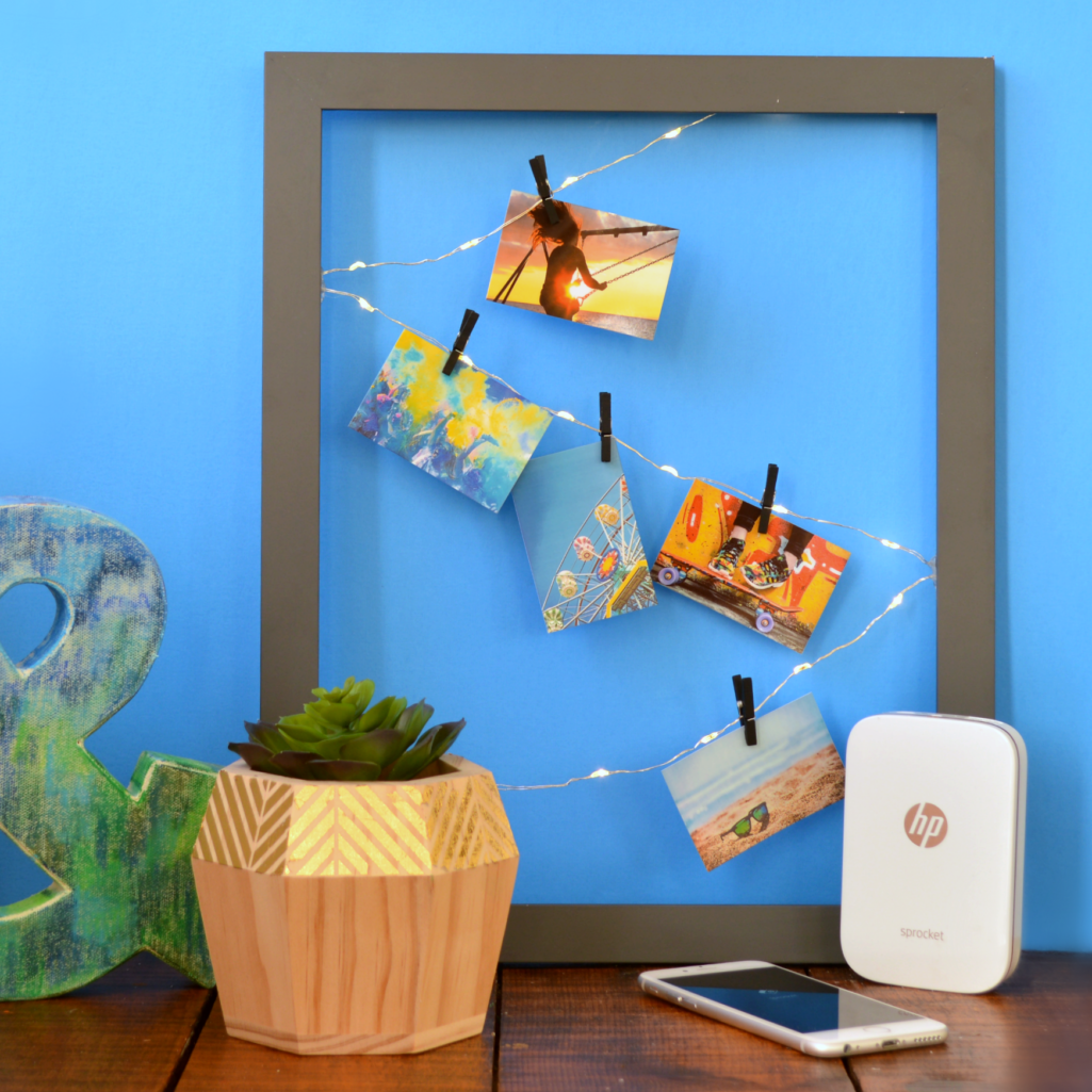 LIGHTED PHOTO FRAME FOR YOUR SNAPSHOTS
