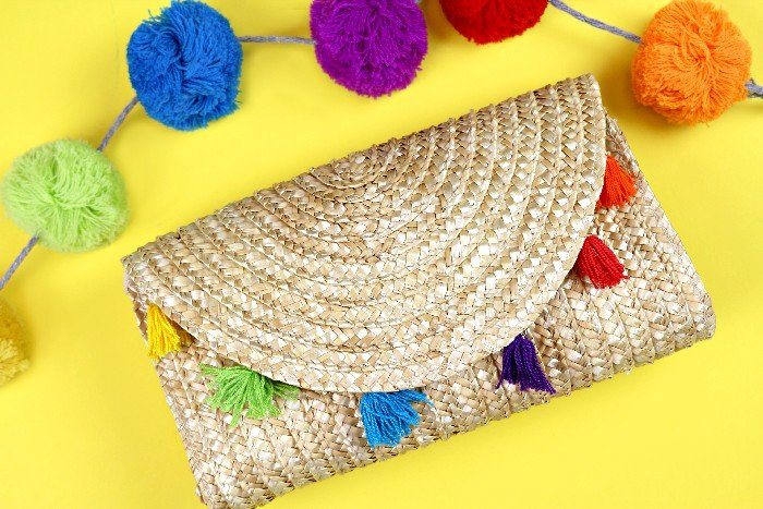 TASSELED STRAW CLUTCH TUTORIAL