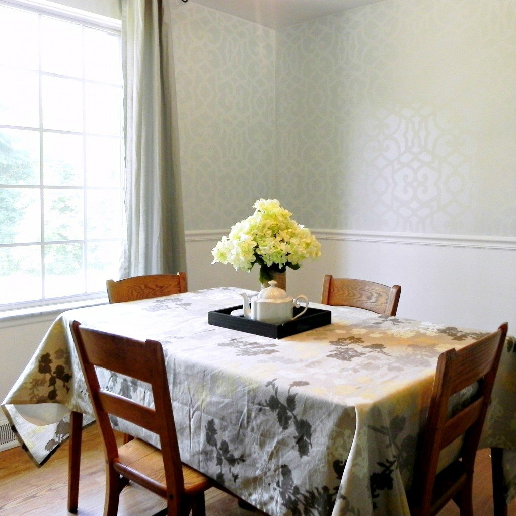Royal Design Studio: Chez Sheik Stenciled Dining Room