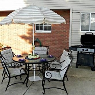 Patio Set Makeover with Krylon Rust Protector