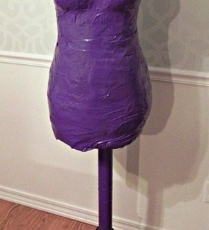 duct-tape-dress-form-graphic_thumb_t