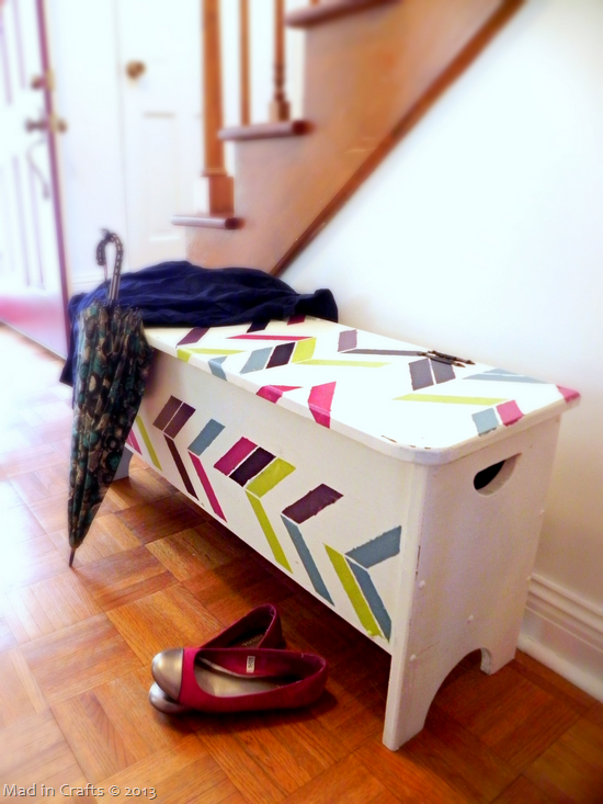 herringbone-stenciled-storage-bench_