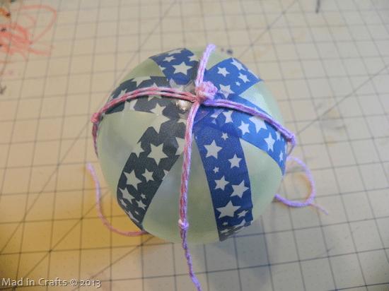 position-twine-on-balloon_thumb1