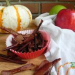 Baked Cinnamon Apple Peels