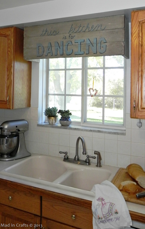 Faux Pallet Sign Cornice From Styrofoam Mad In Crafts