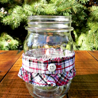 Two-Minute Mason Jar Candle Decoration