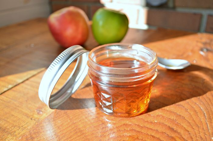Homemade Concentrated Apple Syrup