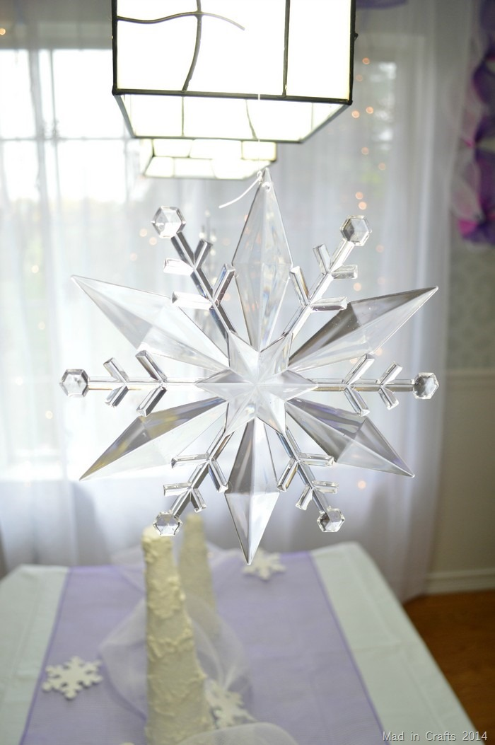 Dollar Store Frozen Party Decorations