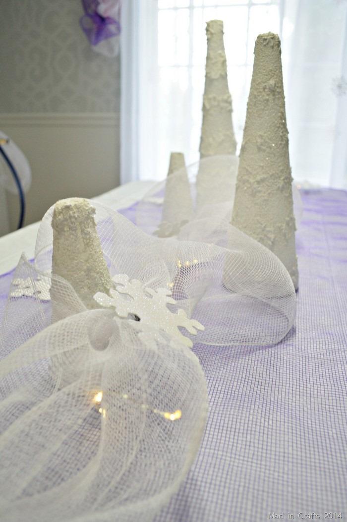 Frozen Party Table