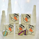 HOMEMADE FROZEN PARTY FAVORS