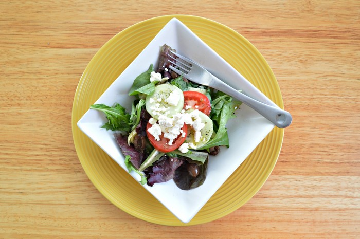 SIMPLE GREEK SALAD DRESSING