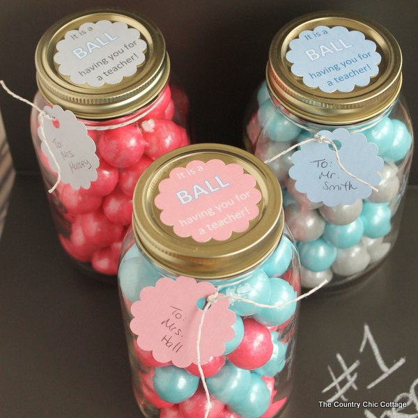 gumball-mason-jar-teacher-gift-014