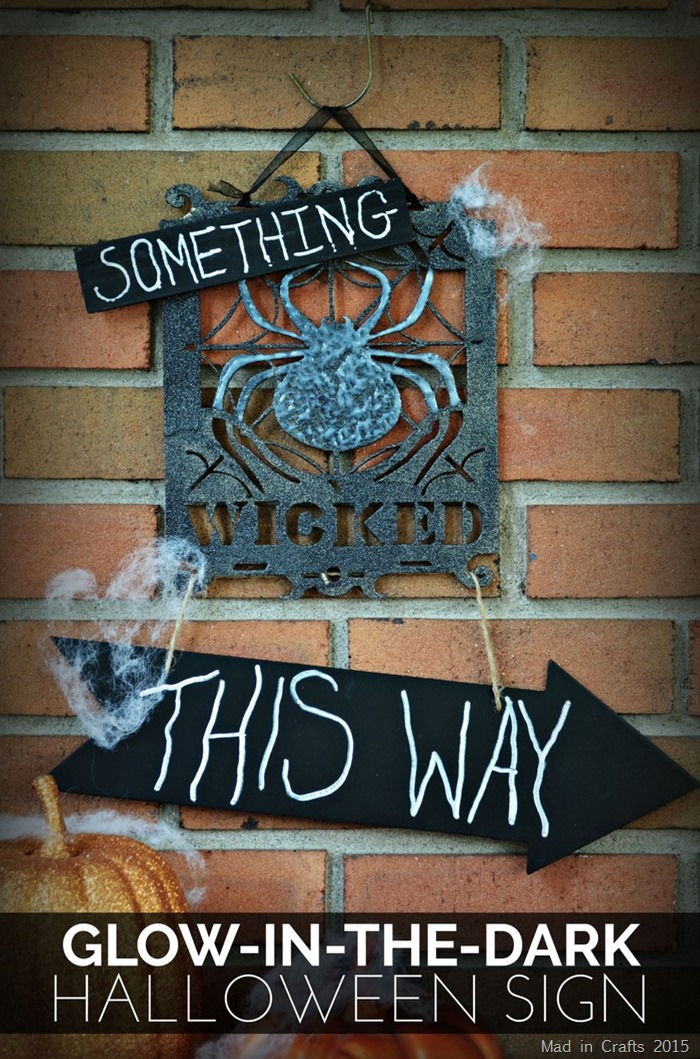 Glow in the Dark Halloween Sign
