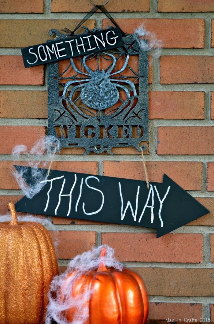 Quick Macbeth Halloween Sign
