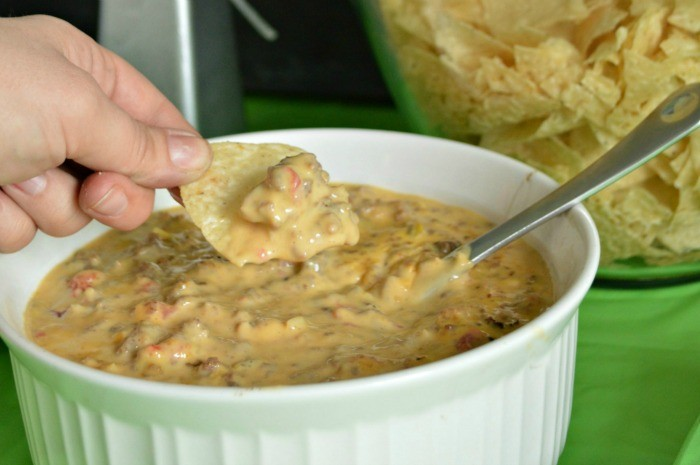 GAMEDAY SAUSAGE QUESO