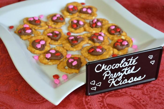 Valentine's pretzel kisses